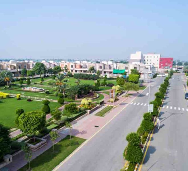 Dream-Gardens-Lahore-Lawn-overview